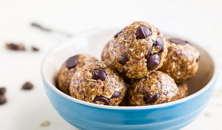 Peanutbutter Chocolate Chip Protein Balls